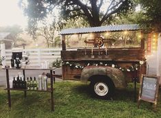 The Rollin' Bar: the in's and out's of running a horse trailer bar. How to build a mobile bar, how to build a horse trailer bar, starting a mobile bar business. Truck Bed Bar, Truck Bed Trailer, Truck Bed Camper, Food Trailer, Pizza Truck, Concession Trailer, Trailer Hitch, Mobile Bar, Kind Bars