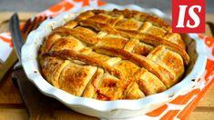 Jauhelihasta syntyy tuhti piirakkatäyte juustolla höystäen. Apple Pie, Recipies, Bread, Cooking, Desserts, Koti, Merry, Drink, Recipes