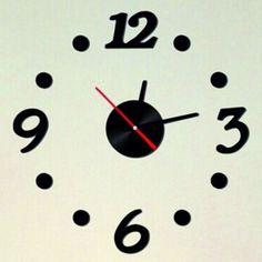 Design nástenné hodiny pokoja , farba čierna .