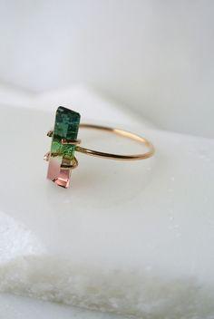 Style me { gris + rose } - Plumetis Magazine Watermelon tourmaline ring! Jewelry Box, Jewelry Rings, Jewelry Accessories, Fashion Accessories, Fashion Jewelry, Jewelry Making, Silver Jewellery, Fashion Earrings, Jewellery Uk