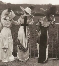 Fashion From 1910 | Fashion 1910 | Enchanting, Charming Photo!