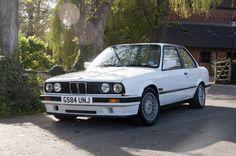E30 318IS White Bmw 528i, Auto Design, E30, Cars, Vintage, Cutaway, Autos, Car