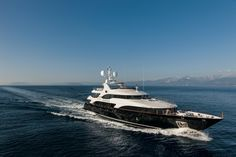 """BENETTI YACHTS – MY """"CHECKMATE"""" – BV 018 at the Fort Lauderdale International Boat Show 2013"""