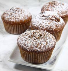 Oerhört saftiga, fluffiga och goda chokladmuffins! Baking Recipes, Cake Recipes, Dessert Recipes, Canned Blueberries, Vegan Scones, Gluten Free Flour Mix, Scones Ingredients, Vegan Blueberry, Food Cakes