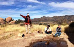 Cowboy und Indianer: Wildwest für Greenhorns - Auf den Spuren von Revolverhelden und Apachenhäuptlingen: zwei Welten wie Tag und Nacht. Im Süden Arizonas rauchen die Colts, klappern die Schlangen, trommeln die Indianer. Hier geht's zum Reisebericht: http://www.nachrichten.at/reisen/Cowboy-und-Indianer-Wildwest-fuer-Greenhorns;art119,1272501 (Bild: M. Dunst)