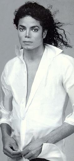 Michael Jackson, before he went to far with the plastic surgery, He was once handsome.