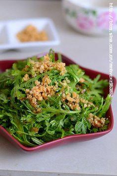 生拌茼蒿的做法(开胃菜谱)