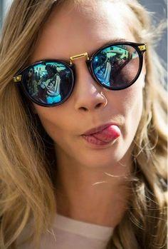 Round sunglasses óculos redondos Ouro, Pulseiras, Modelos De Óculos, Usando  Óculos, Óculos 9642c3e3d9