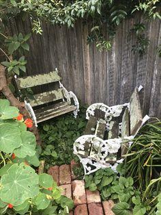 Outdoor Furniture, Outdoor Decor, Beautiful Gardens, Artist, Home Decor, Interior Design, Home Interior Design, Yard Furniture, Artists