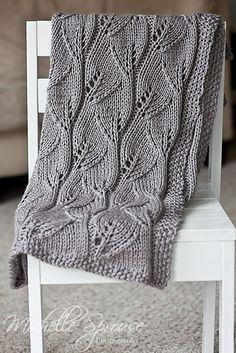 Leafy Baby Blanket by Leyla Alieva free knitting pattern on Ravelry Knitting Stitches, Knitting Patterns Free, Knit Patterns, Free Knitting, Baby Knitting, Free Pattern, Knitted Afghans, Knitted Baby Blankets, Knitted Blankets Pattern Free