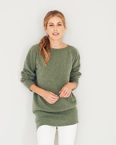 Back yet again by popular demand, our super-soft slouch jumper retains must-have status with our customers, year on year. Apple Bottom Jeans, Cashmere Jumper, Dress With Cardigan, Pullover, Models, Cardigans For Women, Knitwear, Clothes For Women, Sweaters