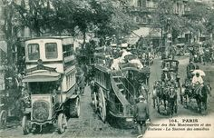 La station des omnibus carrefour angle bld de Montmartre et bd des Italiens, Paris 9ème