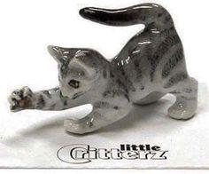 ➸ LITTLE CRITTERZ Cat Miniature Figurine Grey Tiger Cat Kitten Lily