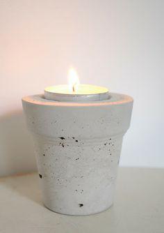 DIY concrete candle holder