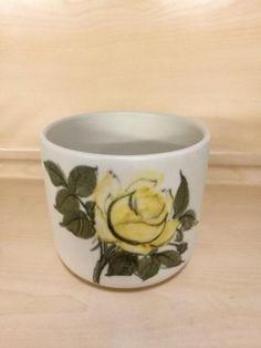 Arabia, keltainenruusu ruukku, Sirkka-Liisa Ahola