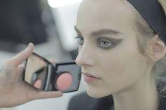 Основные тенденции осеннего макияжа от Chanel.