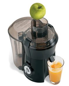 Looking for an ideal juice drink that's fresh, free of preservatives and tastes 10 times better than store-bought juices? Take the plunge and go with the Big Mouth Juice Extractor from Hamilton Beach. It packs Best Juicer Machine, Juicer For Sale, Juicer Reviews, Centrifugal Juicer, Juice Extractor, Cool Things To Buy, Good Things, Hamilton Beach, Shangri La