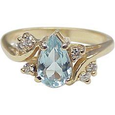 Aquamarine & Diamond Ring 14k Gold circa 1980's