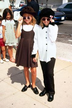 Mary Kate & Ashley Olsen. They were my idols when I was like 5 or 6. Lol. I was in their Fan Club and sent in mail. Bahaha.