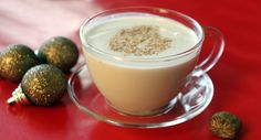 Recepten - Vegan en Vegetarisch Homemade Eggnog - One Green PlanetOne Green Planet you can find similar pins below. We have brought the best o. Milk Recipes, Coffee Recipes, Whole Food Recipes, Dessert Recipes, Vegan Eggnog Recipe, Homemade Eggnog, Vegan Party Food, Vegan Christmas, Slushies