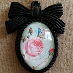 Check out this item in my Etsy shop https://www.etsy.com/listing/239834923/roses-and-butterflies-resin-picture