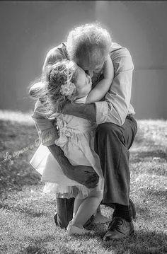 DOLCISSIMO QUADRETTO NONNI E NIPOTI - FOTO D'AMORE/ PHOTOS OF LOVE/ PHOTOS DE L'AMOUR