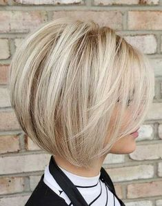Short Bob With Bangs ❤ Consider short b. Blonde Short Bob With Bangs ❤ Consider short bob hairstyles, if change is what you seek. Blonde Short Bob With Bangs ❤ Consider short bob hairstyles, if change is what you seek. Cute Bob Hairstyles, Layered Bob Hairstyles, Short Bob Haircuts, Hairstyle Ideas, Beautiful Hairstyles, Medium Haircuts, Summer Hairstyles, Hair Ideas, Short Length Hairstyles