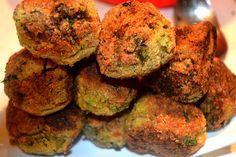 Frittelle di zucchine la ricetta del finger food dell'estate