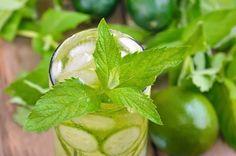 reinigendes-Detox-Wasser