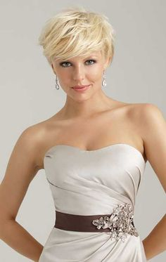 Tantalising and Charming Messy Light Blonde Pixie