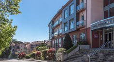 Apartamentos Mar Comillas Comillas Set in a building with magnificent views of the sea, just 1 km from the beach, Apartamentos Mar Comillas feature stylish and well-equipped apartments, including modern kitchenettes and a flat-screen TV.