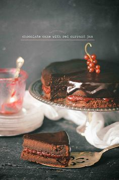 Whole wheat chocolate cake with red currant jam.