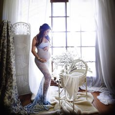Jennifer Stano maternity shoot | pregnancy | prego pictures | maternity photography | baby belly | lace maternity gown