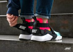 Nike Wmns Air Huarache City