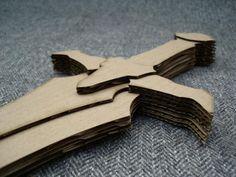 Cardboard Sword, Cardboard Model, Cardboard Playhouse, Cardboard Sculpture, Cardboard Toys, Cardboard Furniture, Diy Craft Projects, Fun Crafts, Toy Swords