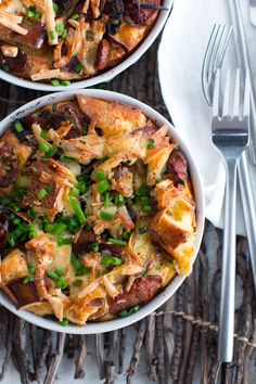 Keep cozy all winter long by brunching with this Sausage Gouda and Pretzel Strata -  @beckysuebakes | bakingthegoods.com