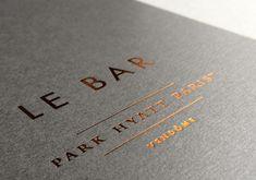 Print : Badcass - Design : Mynd - Couverture de menus Palace Park Hyatt Paris - #dorure #marquageàchaud