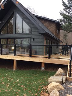 The cottage is taking shape. An unbelievable transformation.