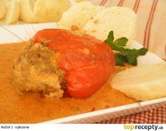 Plnene papriky v smotanovej omacke