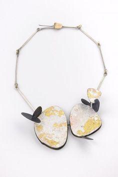 Lucia Massei - Lontano  - 2009 Argento, ferro, oro puro, oro 18kt e pigmento