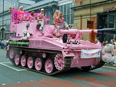 "Posted Image by Merquise on WOT/EU Forum Topic ""Prefered when quitters blew up"". Unfortunately I have no idea where he got this one, he :) Pink Love, Pretty In Pink, Hot Pink, Memes Humor, Funny Memes, Bts Memes, My Favorite Color, My Favorite Things, Pastel Punk"