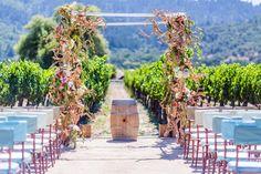 Beautiful #ceremony in Napa Valley // Celebrity event planner, Sasha Souza's wedding featured on the Modern Wedding Blog.