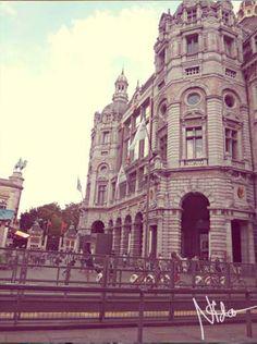 Antwerpen the TramCity ... STATION