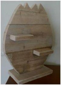 Maak dit houten paasei zelf van steigerhout. Om zelf te maken. #Ei van #steigerhout, #pasen wandpaneel om zelf te maken.