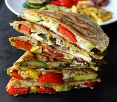 Grilled Vegetable Quesadillas with Goat Cheese and Pesto. A simple healthy meal or creative appetizer! Low carb pita or quesadilla instead Easy Healthy Recipes, Healthy Cooking, Healthy Eating, Healthy Meals, I Love Food, Good Food, Yummy Food, Tasty, Mexican Food Recipes