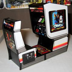 last piece of wave 11 this one runs contact me if you want one Diy Arcade Cabinet, Arcade Console, Arcade Game Room, Retro Arcade Games, Video Game Costumes, Vintage Videos, Old School Toys, Video Game Rooms, Arcade Machine