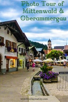 Over 25 photos to show you why you don't want to miss traveling to the quaint, fresco-adorned towns of Mittenwald and Oberammergau in Bavaria, Germany.