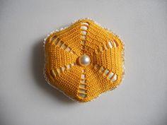 Crochet Pincushion, Crochet Decoration, Pin Cushions, Beanie, Hats, Decorations, Hat, Dekoration, Beanies