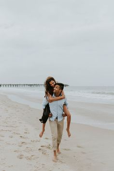 ea44ad2988 30 Best couple beach photos images in 2018 | Couple beach pictures ...