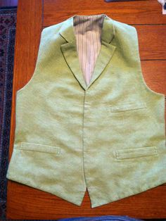 Victorian Tailoring, a blog by Andrew the tailor! Walks through making a Victorian suit.